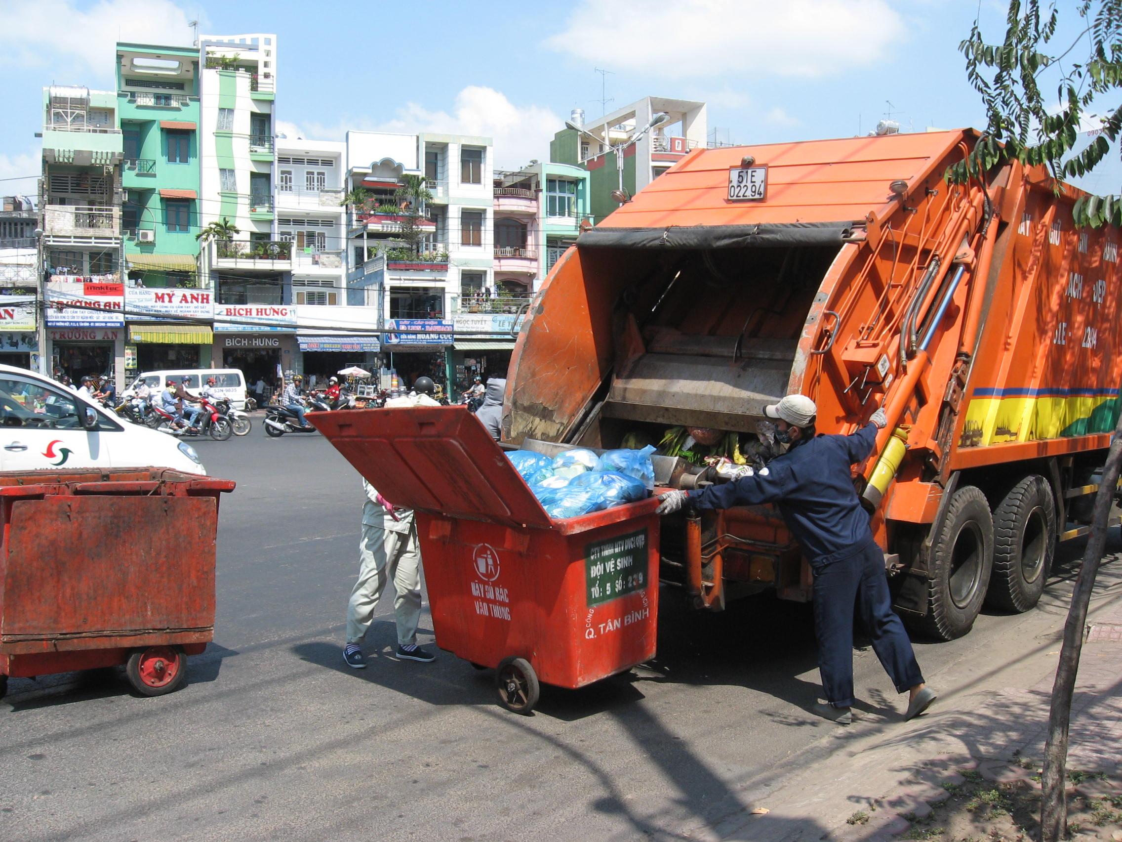 Đề xuất chở rác về Đa Phước vào đêm khuya (01/08/2014)
